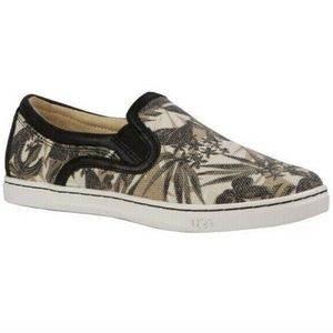 Ugg Size 9 Fierce Island Floral Shoes